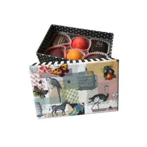 Caixa decorativa cartão com bombons